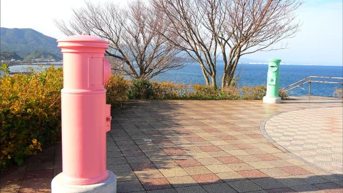鹿児島 ピンクのポスト 緑のポスト